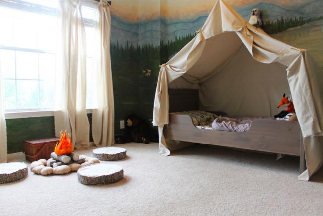 Une vraie forêt créée à partir d'une chambre d'enfant
