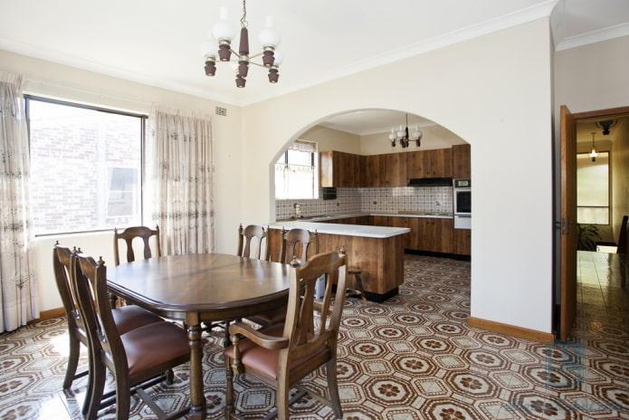 intérieur cuisine-studio avec arche