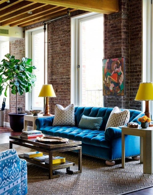 Salon de style loft avec des éléments de fusion