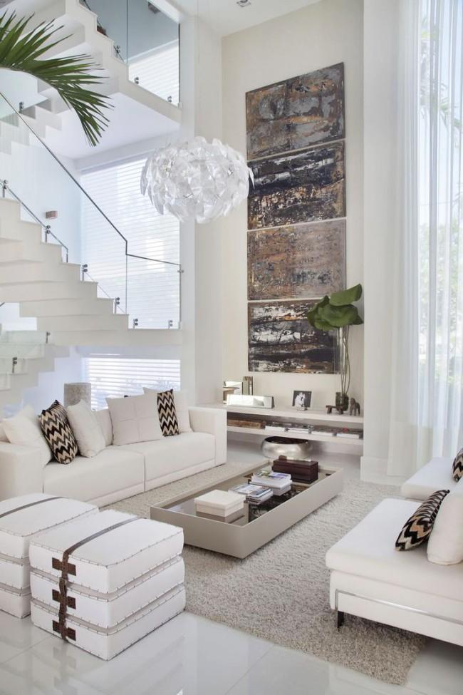 Bel intérieur de salon dans un style moderne