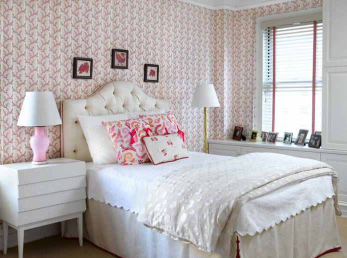 Papier peint en papier à l'intérieur de la chambre