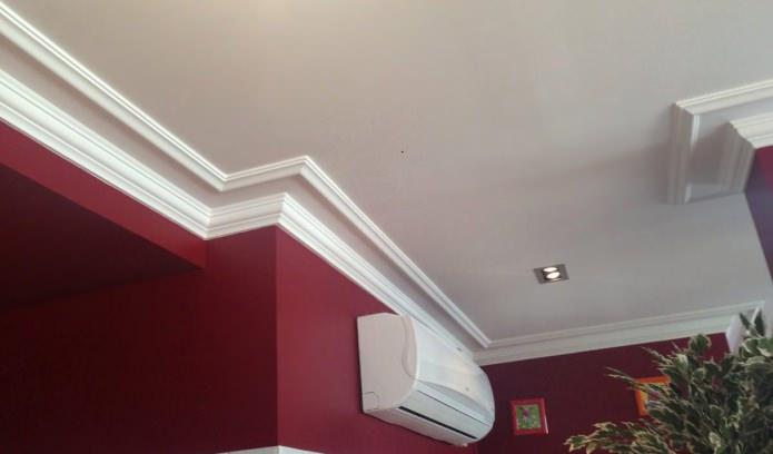 plinthe de plafond pour plafond tendu