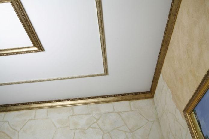 filet de plafond étroit