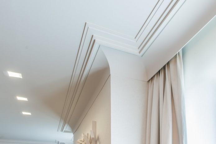 filet de plafond en forme d'échelle