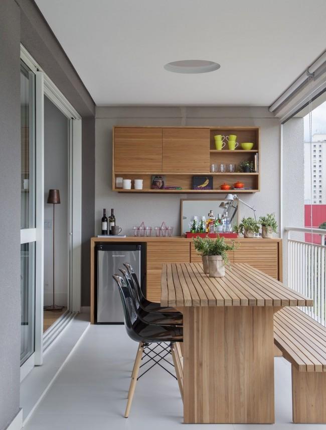 Une cuisine sortie sur un balcon est une solution pratique et très courante pour réaménager un appartement