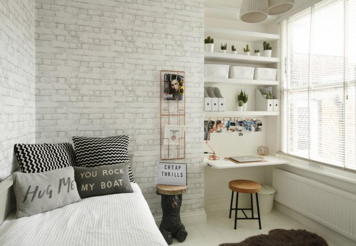chambre grise et blanche pour écoliers