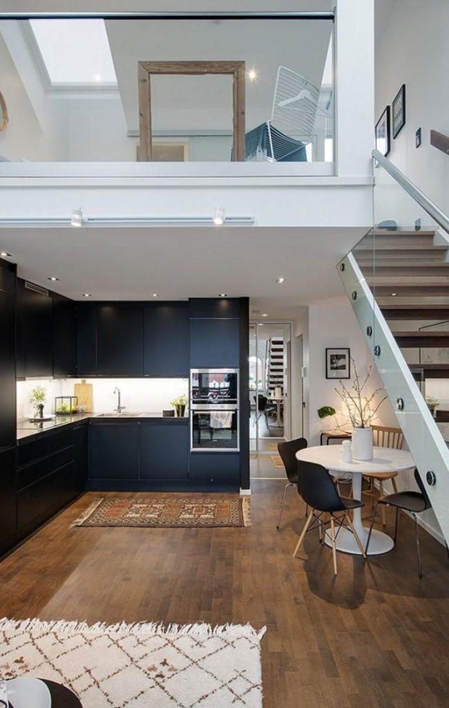 Appartement de deux étages, dans l'espace privé dont il y a une chambre à l'étage, dans l'espace public en bas il y a une cuisine