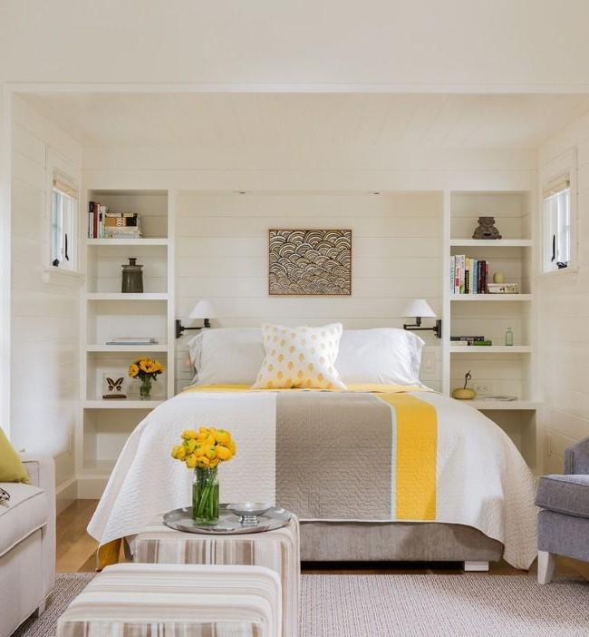 Combinaison de couleurs intéressante de textiles dans la chambre