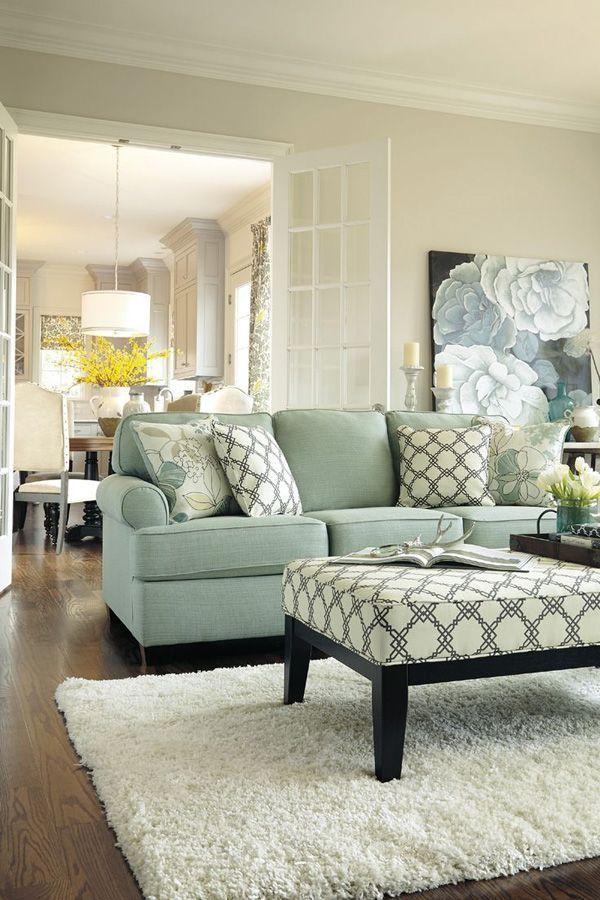 Des couleurs douces et apaisantes créent une atmosphère chaleureuse