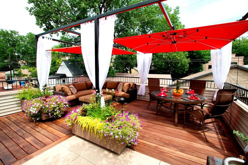 La planche de terrasse est un matériau pratique et pratique