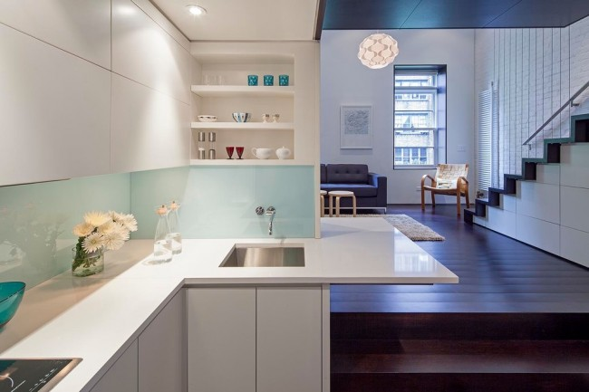 Même une petite pièce peut devenir l'incarnation du confort et une vraie maison, tout en ayant l'air exclusif.