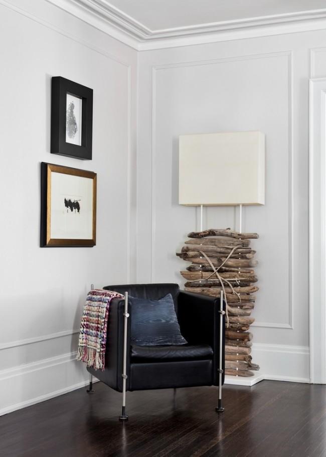 Les moulures sont multifonctionnelles et presque universelles, vous pouvez les utiliser comme plinthes dans la pièce, comme cadres de porte, ou vous pouvez les utiliser comme décor de meuble