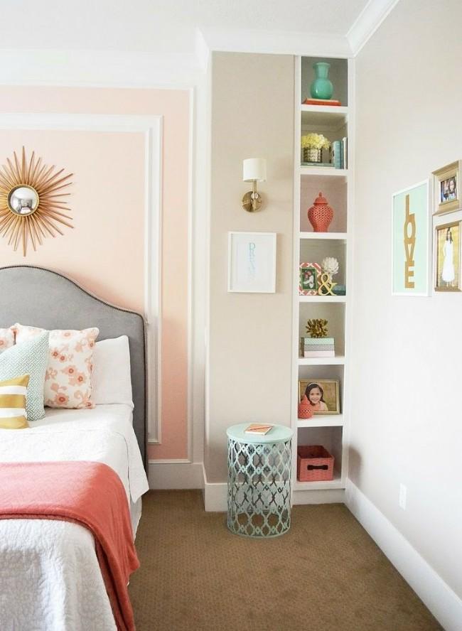À l'aide de moulures, vous pouvez changer radicalement la forme de la pièce, ainsi que corriger les défauts existants, les erreurs intérieures et les défauts des murs