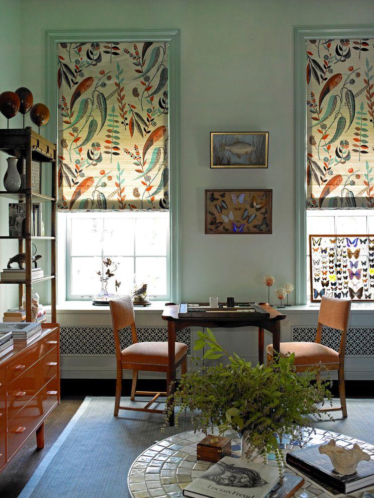 Répétition de motifs végétaux dans la décoration de la chambre