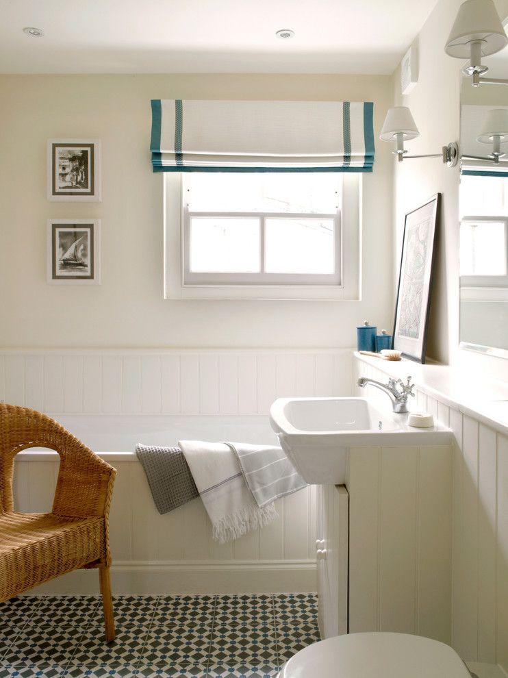 Un exemple d'utilisation réussie de volets roulants dans la salle de bain