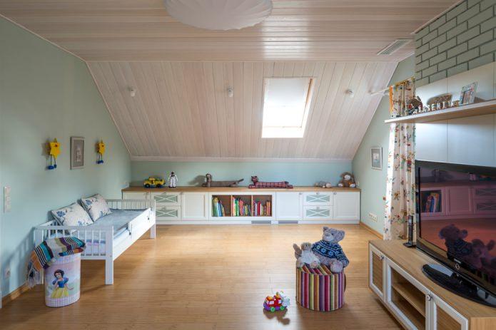 plafond mansardé bois