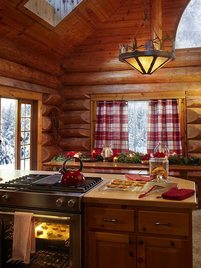 cuisine avec de hauts plafonds