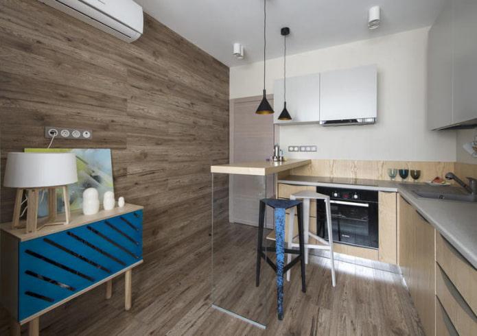 Intérieur de cuisine avec stratifié sur les murs