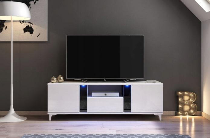Meuble TV en blanc à l'intérieur