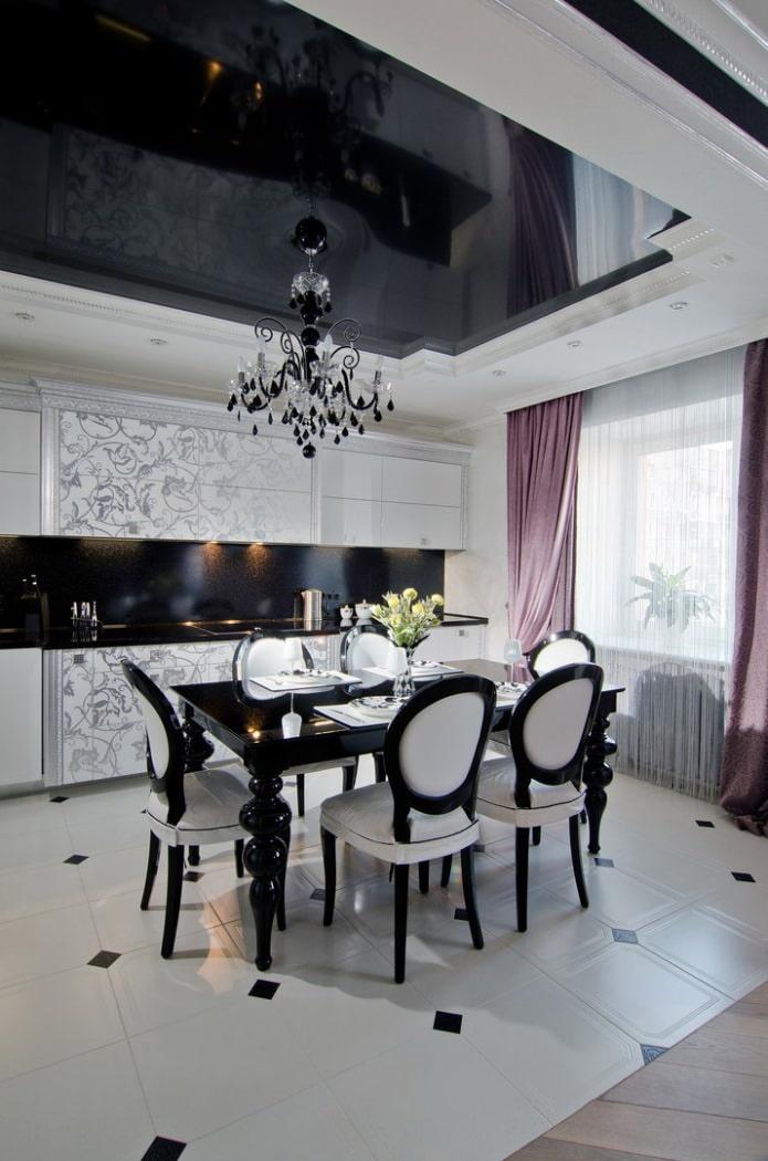 plafond noir et blanc