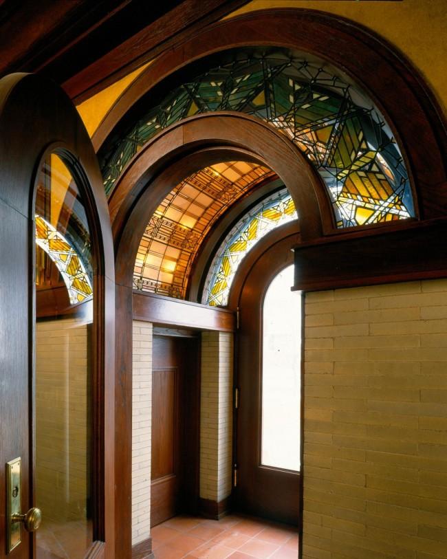 Porte d'entrée en vitrail