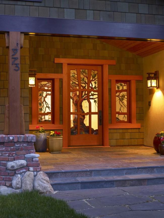 Le vitrail est une solution de couleur vive et de lumière pour l'intérieur
