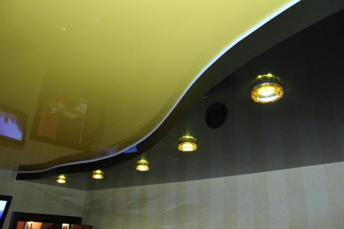 structure de tension jaune-noir