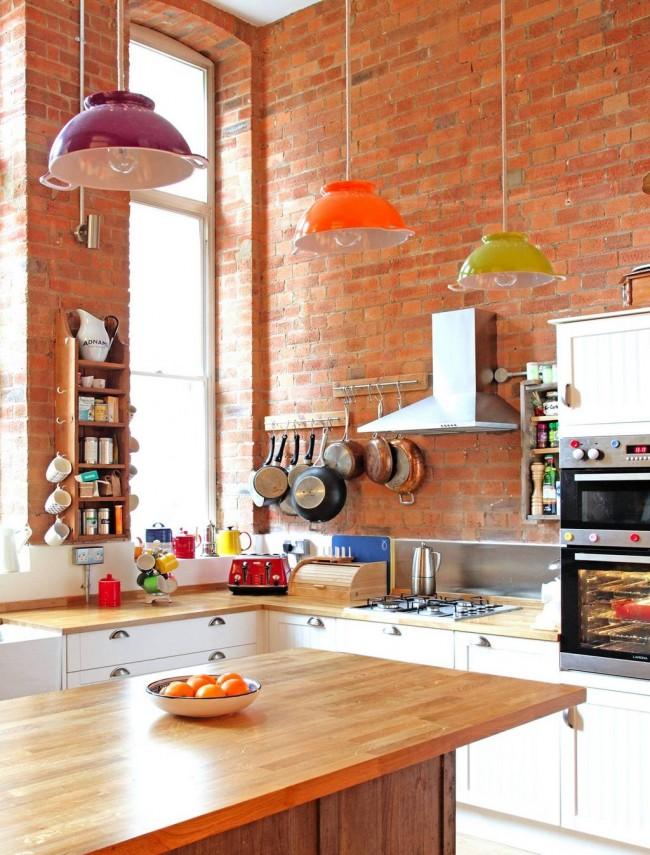 La brique décorative pour la décoration intérieure aidera à transformer radicalement l'intérieur