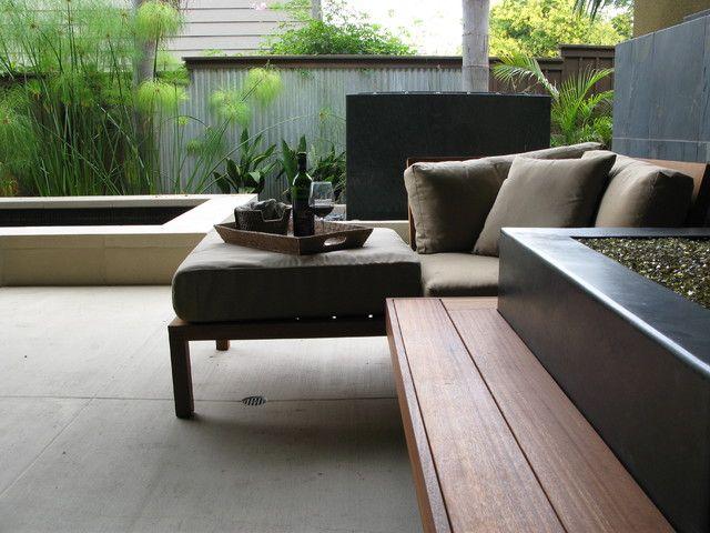 Les clôtures en carton ondulé deviennent de plus en plus populaires en raison de la fiabilité et de la résistance du matériau.