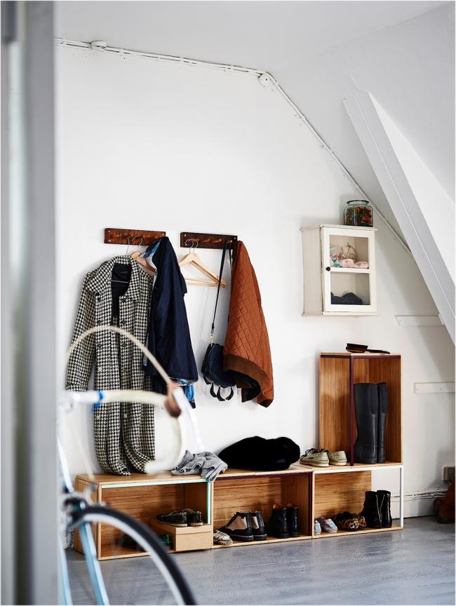 Meubles de couloir dans le style du minimalisme d'IKEA