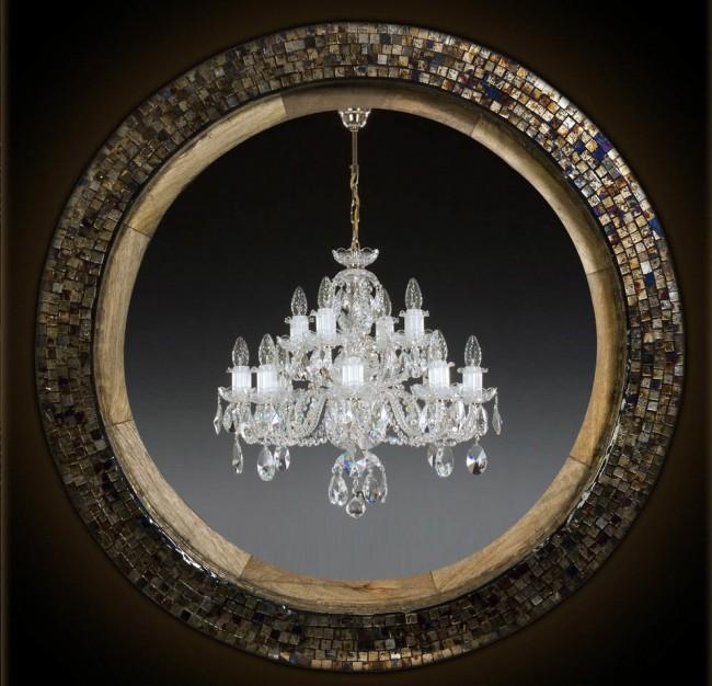 Mosaïque de nacre dans la conception d'un miroir rond