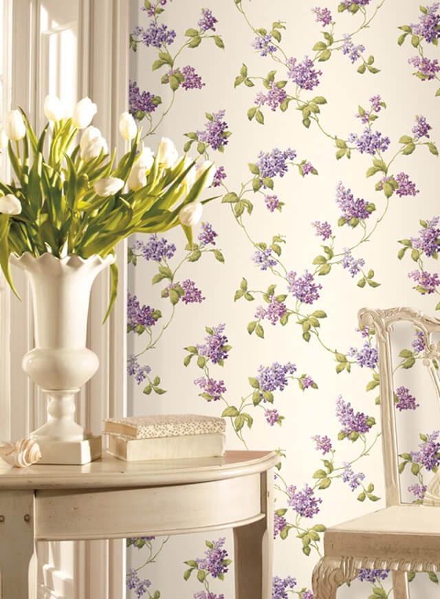 papier peint avec des lilas à l'intérieur