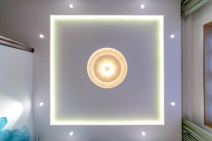 plafond avec lustre