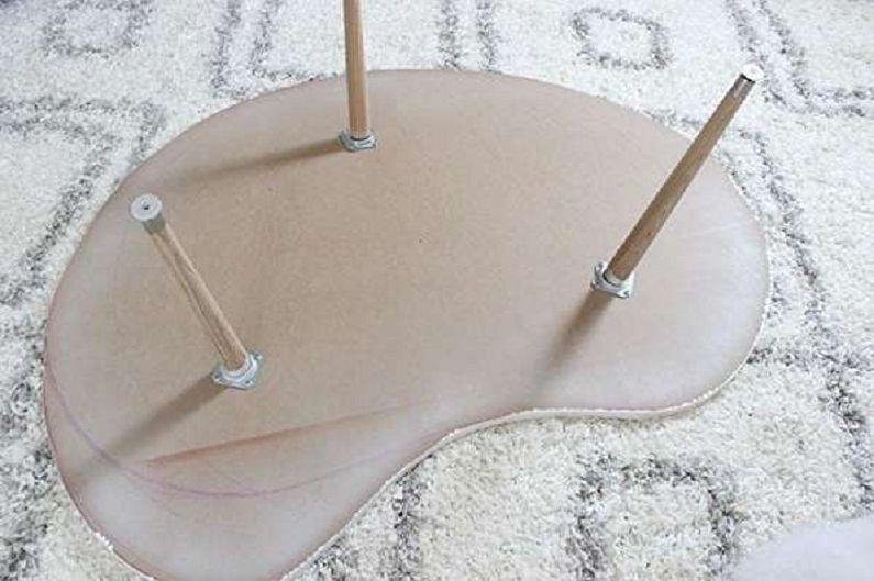 Table basse en contreplaqué à faire soi-même dans un style moderne