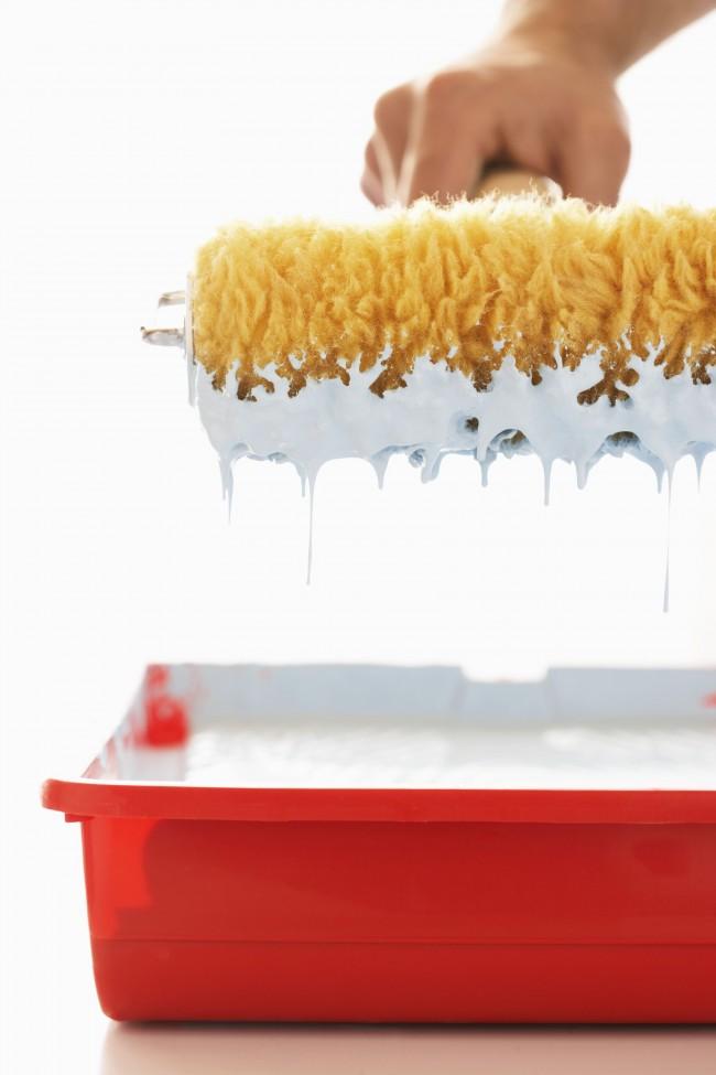 Le choix d'un rouleau pour peinture à l'eau doit être abordé sérieusement
