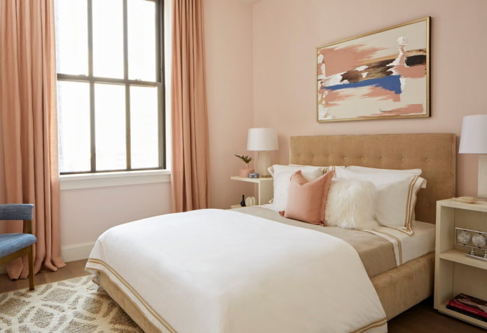intérieur de la chambre dans les tons roses