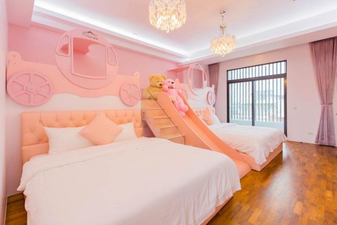 éclairage à l'intérieur de la chambre en rose