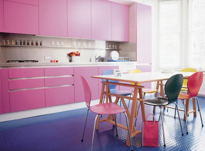 finition de la cuisine en rose