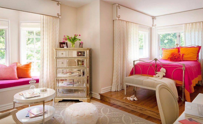 Rideaux de baie vitrée classiques aux couleurs pastel - un bon choix dans la chambre