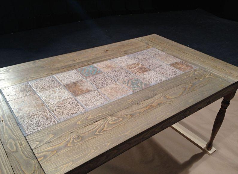 Carreaux de céramique - DIY déco de table ancienne