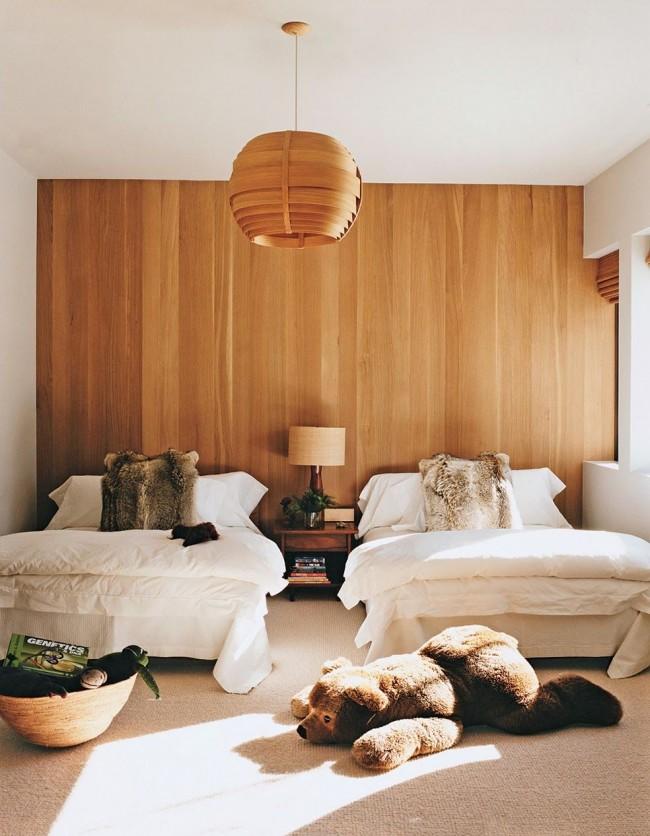 Chambre avec papier peint en placage