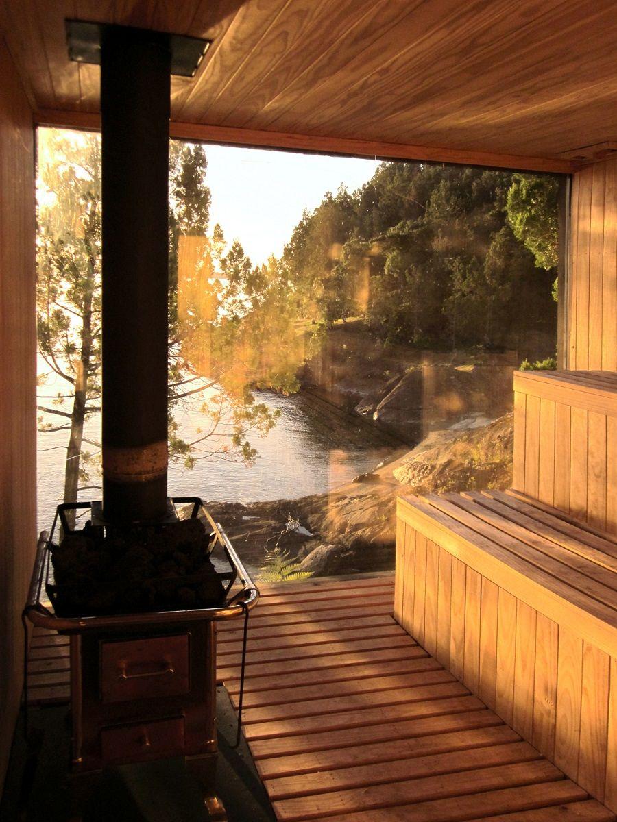 Un élément inhabituel de l'intérieur pour un bain - une fenêtre peut changer votre idée d'un bain pour le mieux