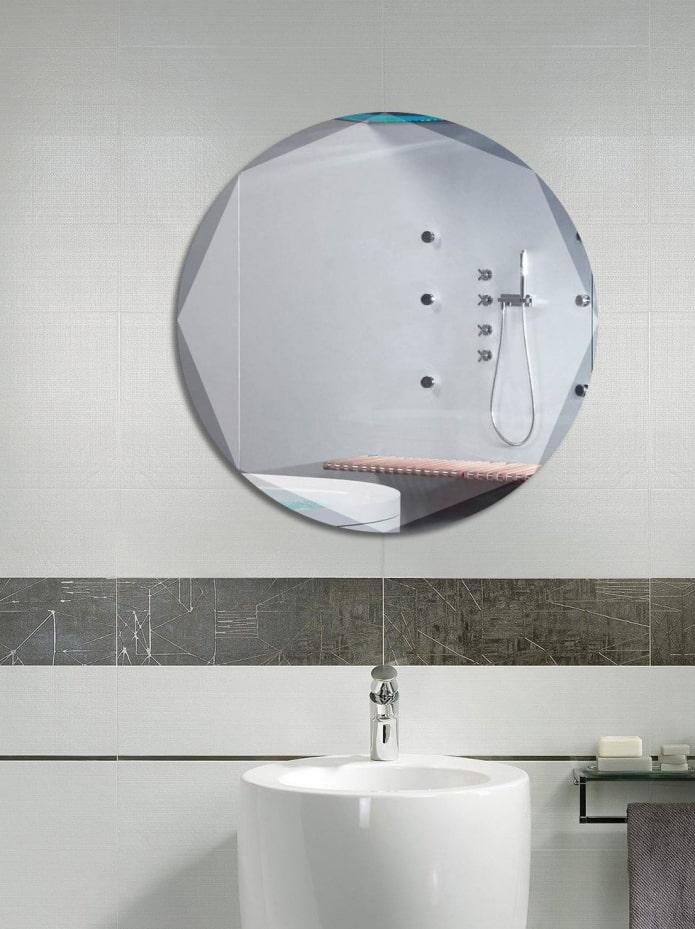 produit miroir avec bords biseautés