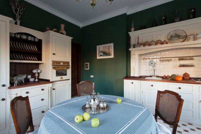 murs vert foncé dans la cuisine