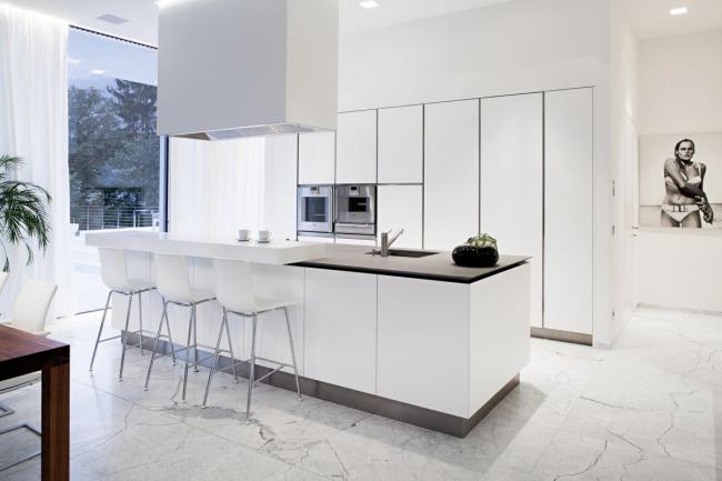 Une cuisine high-tech est un gagnant-gagnant pour un grand espace