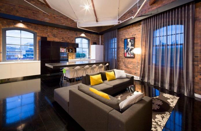 rideaux en organza dans un intérieur de style loft