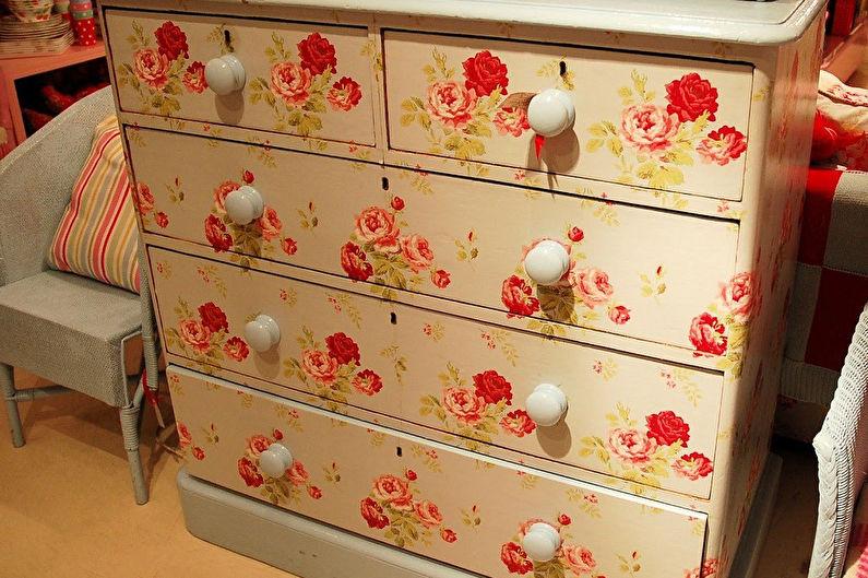 DIY déco d'armoire ancienne - Decoupage