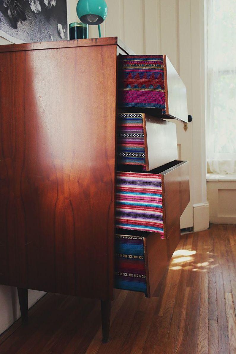 DIY déco d'armoire ancienne - Tissu