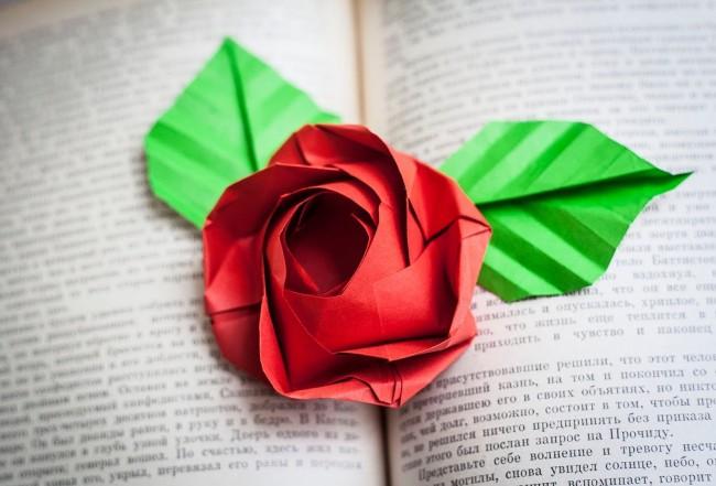 Rose en papier origami