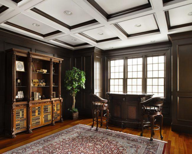 Plafond à caissons contrastés dans la conception d'armoires